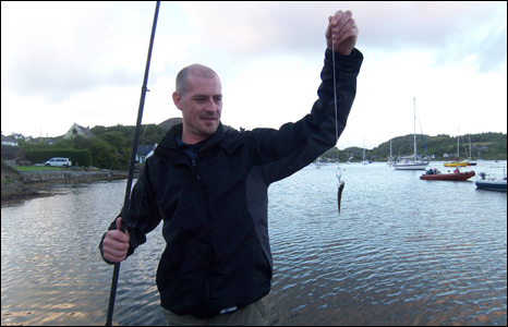 Icelandic chaos the word of ward for Tiny fishing pole