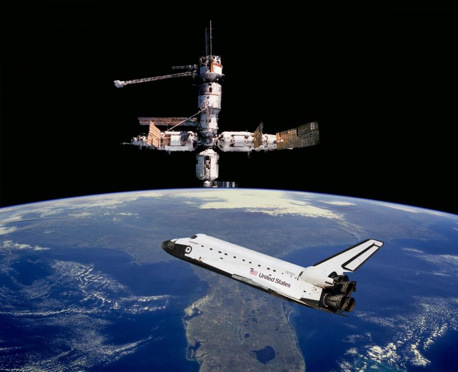 Space Shuttle at Space Station - Pics about space